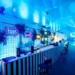 neony bar party